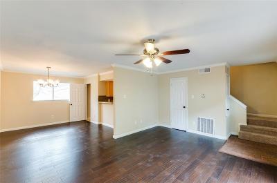 Houston TX Condo/Townhouse For Sale: $89,900