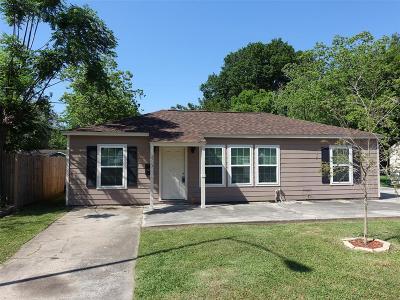 Deer Park Single Family Home For Sale: 2113 Kingsdale Drive