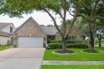 Katy Single Family Home For Sale: 22926 Rainbow Bend Lane