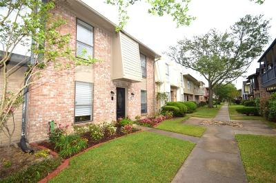 Houston Condo/Townhouse For Sale: 14724 Perthshire Road #C