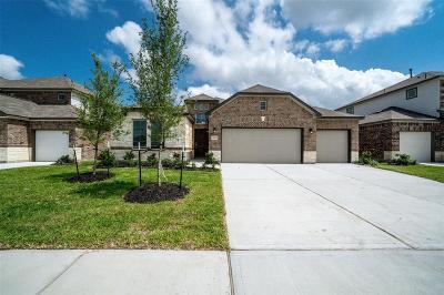 Fall Creek Single Family Home For Sale: 14714 Garner Falls Trail
