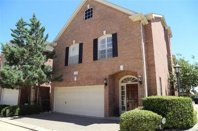 Houston Single Family Home For Sale: 5631 Avalon Way