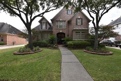 Sugar Land Single Family Home For Sale: 1506 Meadow Glade Court