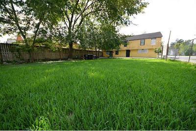 Houston Multi Family Home For Sale: 408 N Cesar Chavez Boulevard #1