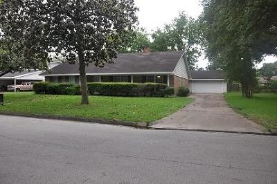Humble TX Single Family Home For Sale: $189,900