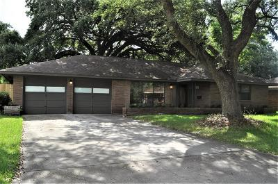 Baytown Single Family Home For Sale: 1805 Gillette St Street