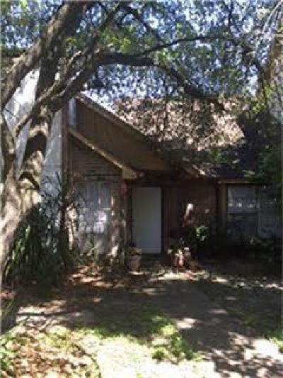 Houston Condo/Townhouse For Sale: 12311 W Village Drive #A
