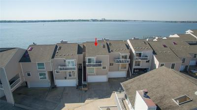 Seabrook Condo/Townhouse For Sale: 8 Mariner Village Drive