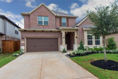 Cypress Single Family Home For Sale: 11103 Bluewater Lagoon