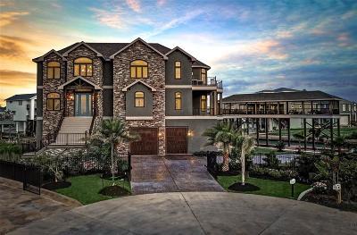 Tiki Island Single Family Home For Sale: 409 Jeanie Lynn Street