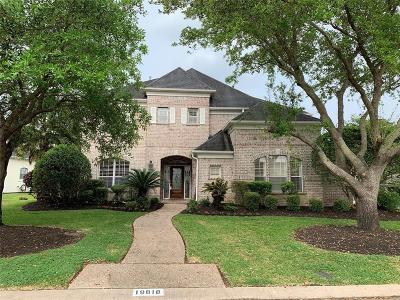 Katy Single Family Home For Sale: 19818 Parkwater Circle