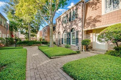 Houston Condo/Townhouse For Sale: 6427 Burgoyne Road #14