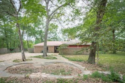 Montgomery County Single Family Home For Sale: 15336 Cardinal Trail