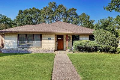 Houston Single Family Home For Sale: 3702 Linkwood Drive