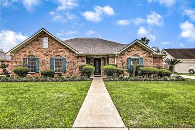 Pearland Single Family Home For Sale: 2705 Janet Court