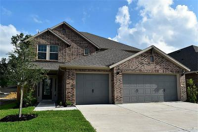 Crosby Single Family Home For Sale: 411 Beach Rose Crossing