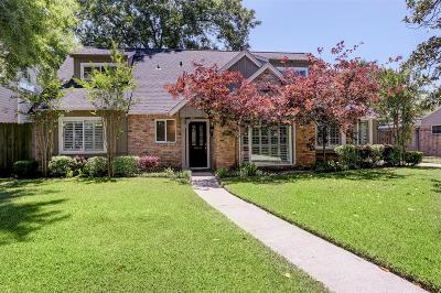 Houston Single Family Home For Sale: 12307 Queensbury Lane