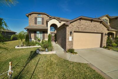 Alvin Single Family Home For Sale: 322 Kendall Crest Drive