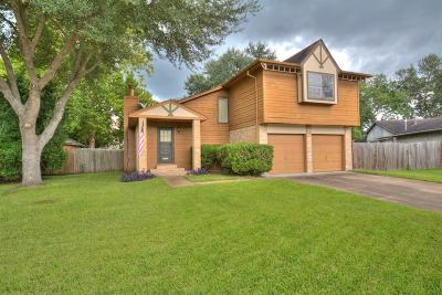 Pearland Single Family Home For Sale: 1111 Huntington Drive