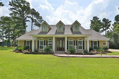Magnolia Single Family Home For Sale: 32090 Grapevine