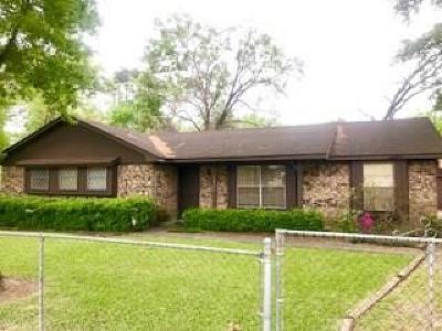 Single Family Home For Sale: 13938 Longview Street