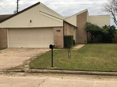 Single Family Home For Sale: 4411 Aspenglen Drive