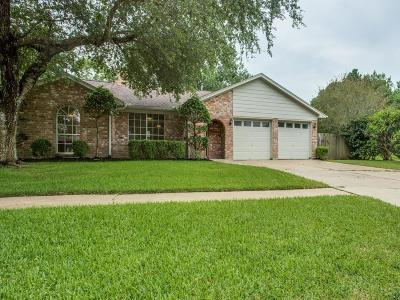 Single Family Home For Sale: 15702 Spring Forest Drive