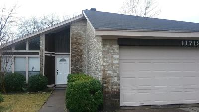 Houston Single Family Home For Sale: 11719 Acadian Drive