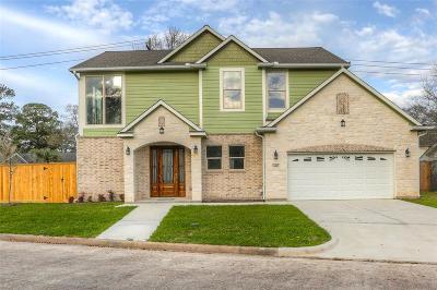Oak Forest Single Family Home For Sale: 4411 Rosslyn Road