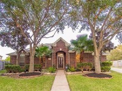 Lake Olympia Single Family Home For Sale: 1702 Palmera Court