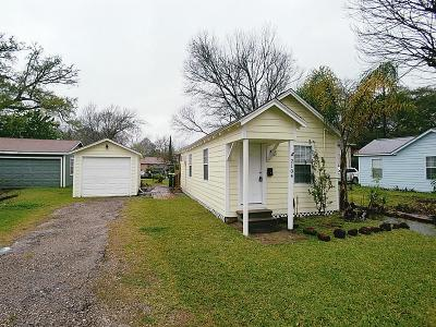 Pearland Rental For Rent: 2104 N Galveston Avenue