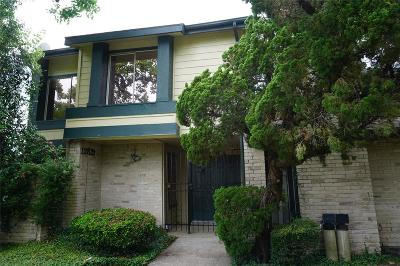 Houston TX Condo/Townhouse For Sale: $153,000