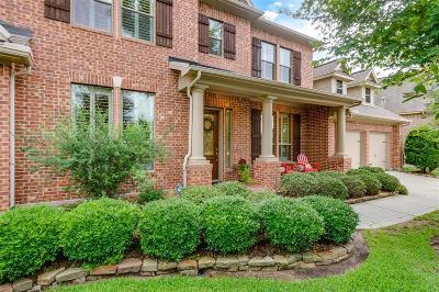 Spring Single Family Home For Sale: 210 E Tupelo Green Circle