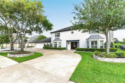 Pearland Single Family Home For Sale: 2919 Country Club Drive