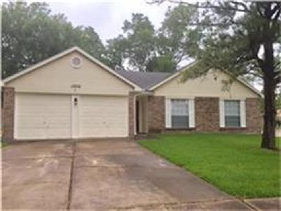 Sugar Land TX Single Family Home For Sale: $177,000