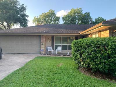 Houston Single Family Home For Sale: 5614 Burlinghall Drive