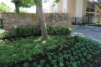Houston Condo/Townhouse For Sale: 2001 Bering Drive #6A