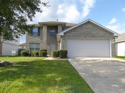 Sugar Land Single Family Home For Sale: 16138 Crooked Arrow Drive
