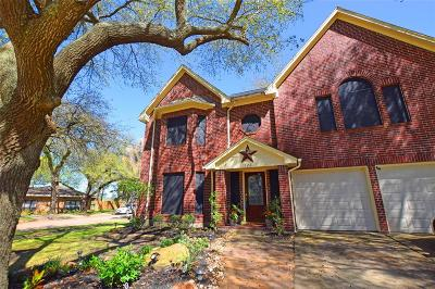 Highlands Single Family Home For Sale: 522 Aberdeen Way