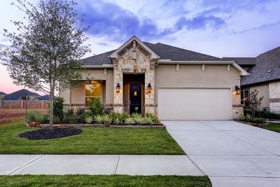 Fulshear Single Family Home For Sale: 50 Floral Hills