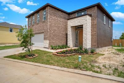 Single Family Home For Sale: 14606 Sanour Drive