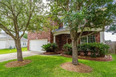 League City Single Family Home For Sale: 2505 Lexington Court Court