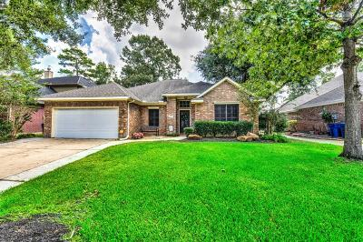 Humble Single Family Home For Sale: 18402 Bluewater Cove Drive