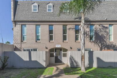 Galveston TX Condo/Townhouse For Sale: $75,000