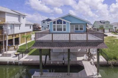 Tiki Island Single Family Home For Sale: 422 Amanda Circle