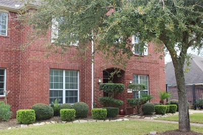 Pearland Single Family Home For Sale: 2709 Pebble Creek Drive