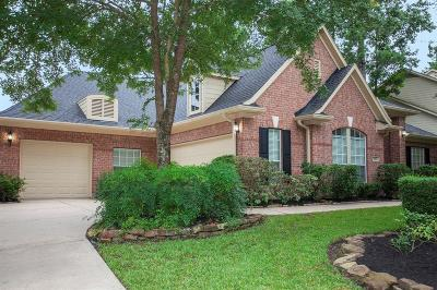The Woodlands Single Family Home For Sale: 215 Hazelcrest Circle N
