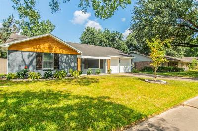 Houston Single Family Home For Sale: 5838 Spruce Forest Drive