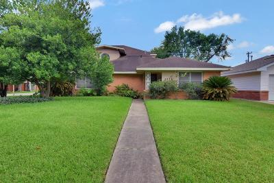 Houston TX Single Family Home For Sale: $299,900