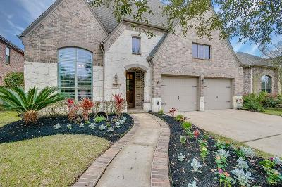 Single Family Home For Sale: 18327 First Bend Drive